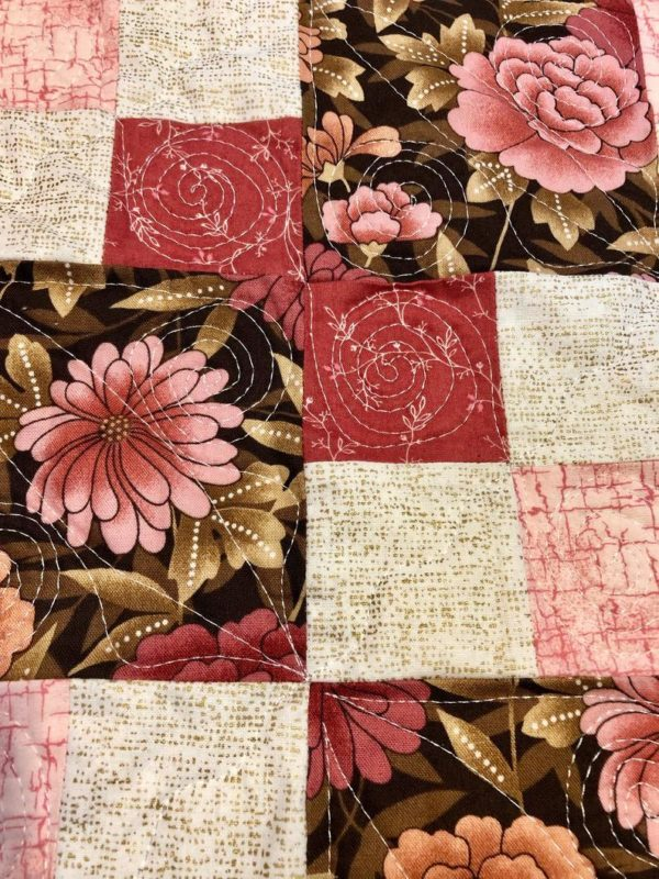 LQUILT - Lap Quilts With Pocket - [Pink and Brown Lovie] - [85 x 105cm] 5d9203fe72a398d6b65a904a
