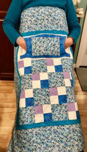 LQUILT - Lap Quilts With Pocket - [Blue Daisy Lovie] - [85 x 105cm] 5d9203fd72a398d6b65a9025